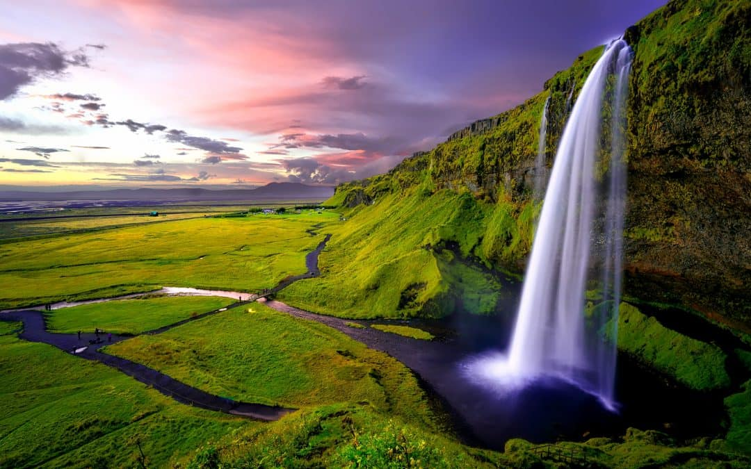 Nine Amazing Things to See and Do in Iceland